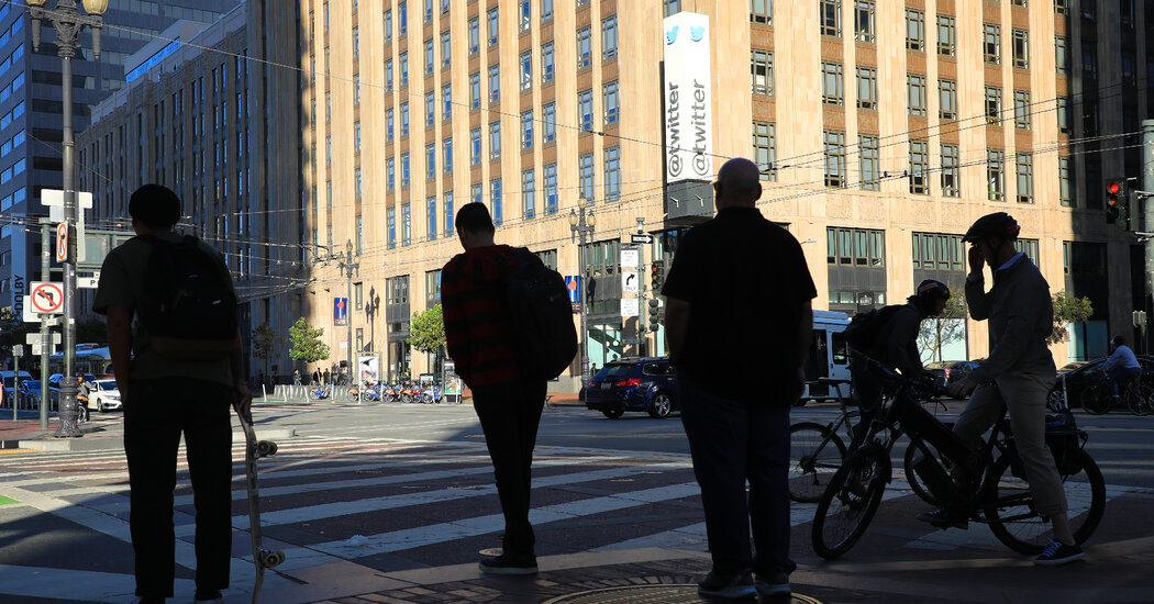 Hackers Tell the Story of the Twitter Attack From the Inside