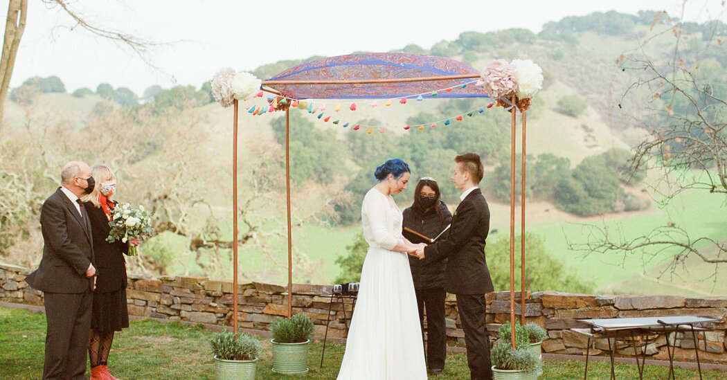 A Librarian and a Listener Wed