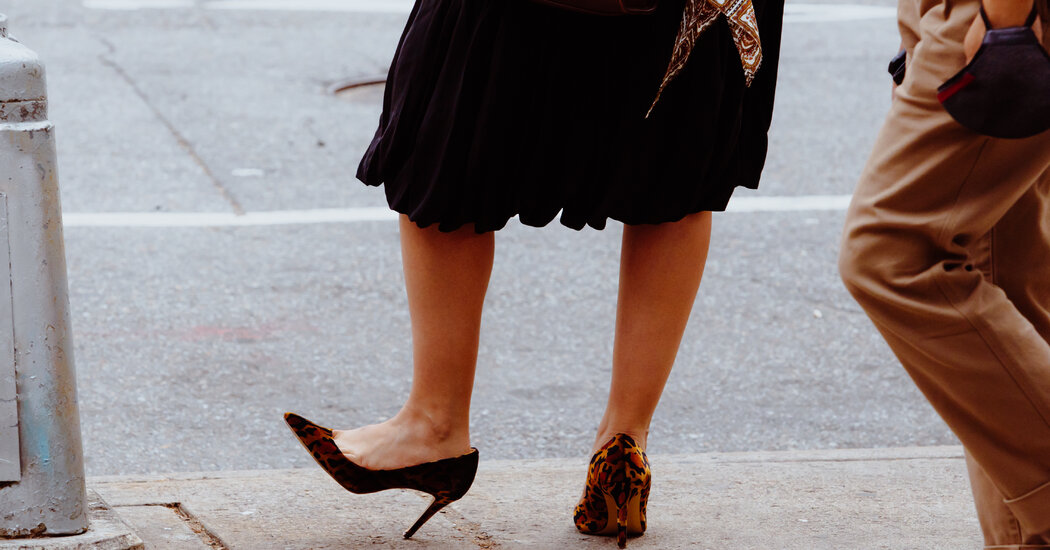 Are People Really Wearing High Heels Again?